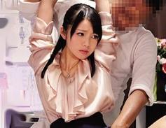 美人教師が変態整体師の性感マッサージで悶絶!敏感ボディを震わせて巧みなテクに乱れ狂う!