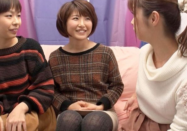 【素人レズ】ノンケ美女2人組がナンパされ友達同士でレズプレイ!女優も加わり淫らに悶え狂う3P乱交!