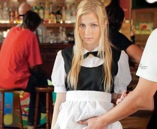 金髪外人メイド美少女をバイト先店内で強制イラマチオ!恐怖に怯える姿をガン無視して立ちバックで凌辱レイプ!
