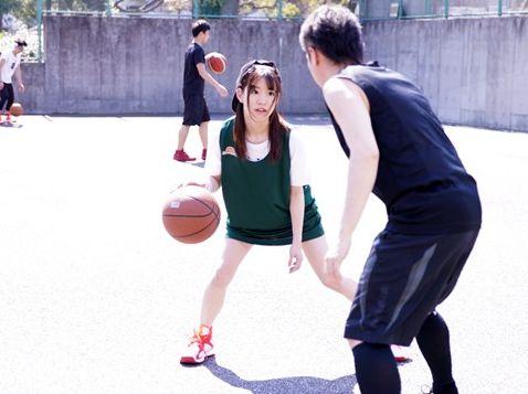 小柄なスポーツ少女がスレンダーボディなのに超パワフルなアスリートファックで悶絶しまくる