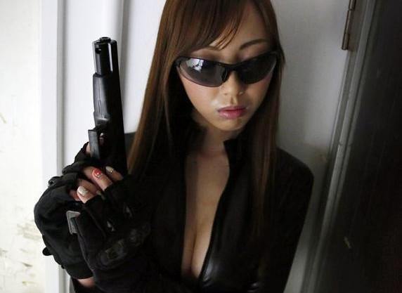 エリート捜査官が犯罪組織に捕まり熾烈な快楽拷問!パックリ開いた尻穴に濃厚ザーメンを注がれる!