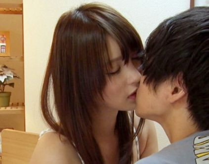 『ここがオマンコよ♡』美人お姉ちゃんが歪んだ性知識を持つ弟に優しく性指導!自らの肉体で女のすべてをレクチャー!