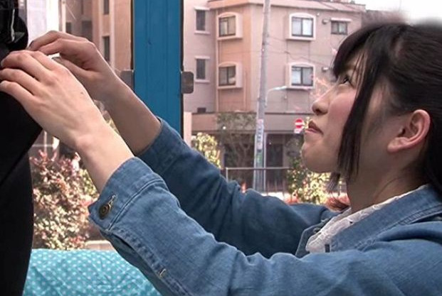 《MM号》上京したての初心娘の前でデカチンポロリww恥じらい笑顔の美少女に即ハメ挿入