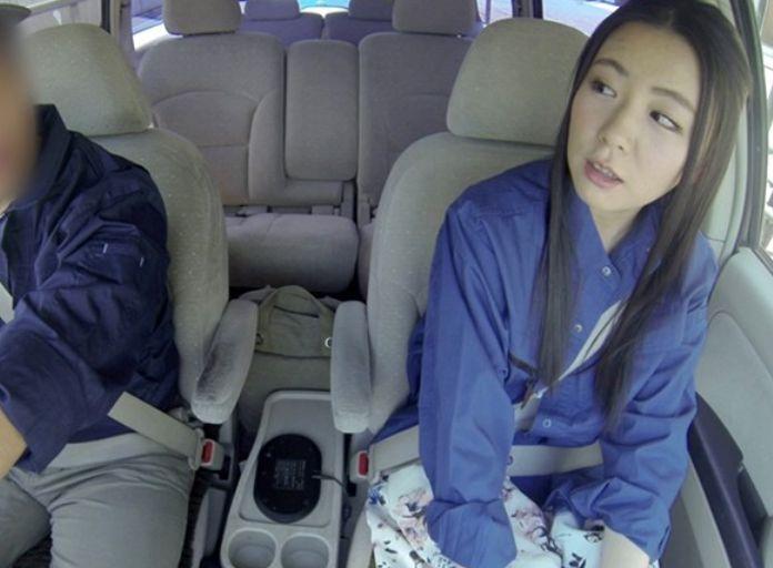 通勤中の車内で同僚男性とこっそり不倫・・・嫁の不貞行為がドラレコに記録されていた