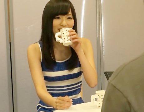 ★麻倉憂★利尿剤入りのお茶を飲ませたら効果抜群wwおしっこ我慢中の美女をトイレで犯しまくる