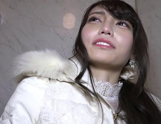 エロカワすぎる大阪ギャルをナンパしてハメ撮り♡キュートな関西弁で悶絶しながらイキまくる