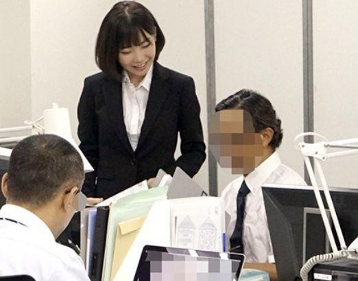 ★深田えいみ★インターンJDと社長さんのハメ撮り映像入手!そこに映っていた本人を見つけてAVデビュー♡